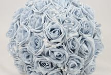 Grey Wedding Theme / Grey colour themed wedding flowers by Petals Polly. www.petalspollyflowers.co.uk