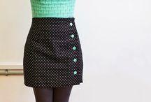 < Skirts >