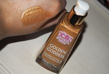 Golden Goddess Shimmering Dry Body Oil / Golden Goddess