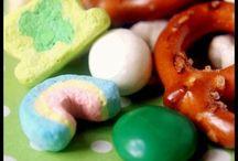Snacks / by Jen Mazon