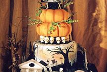 Gorgeous and Gooey Gothic Cakes / by Steff Metal - Gothic Wedding Planner