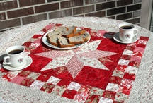 TABLE RUNNERS / by Cheryl Fogg