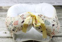 Kokon dla noworodka / Kokon/kojec dla noworodka z bawełny białej i we wzory