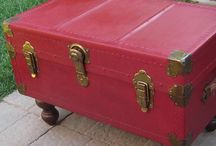 Old Suitcases & Trunks / Using old suitcases