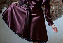 Abschlussballkleider, Abiballkleider, Konfirmationskleider / Die schönsten und trendigsten Kleider für Euren Abiball oder Eure Konfirmation. Mit diesem Kleid werdet Ihr einfach phantastisch aussehen und Euch wunderschön fühlen. Jetzt entdecken auf www.kleiderfreuden.de