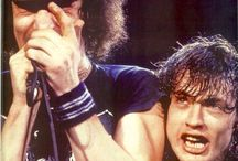 Brian Johnson ⚡️Angus Young