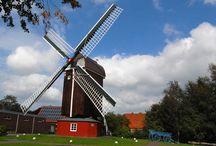Mühlen in Ostfriesland / Mühlen sind typisch für Ostfriesland und gehören einfach ostfriesischen Landschaftsbild.