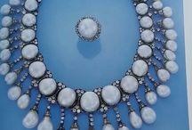 Pearls Please