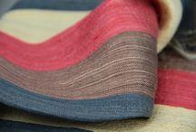 Foulard soie sauvage / Foulard en soie sauvage artisanal fait main pour homme et femme du Laos, Cambodge, Chine et Thaïlande.Toutes les tendances de la mode pour femmes, foulards en soie dans la tendance. Le foulard qu'il soit en soie, en coton ou encore en lin. La spécialiste de la mode pour femmes c'est Princesse foulard.com