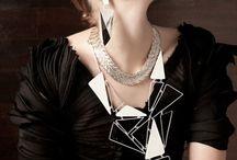 Catwalk Jewels / Big and bold jewels