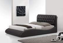 Beds & Bedrooms / Beds and bedroom settings