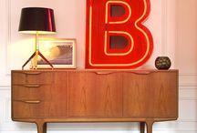 Lettre lumineuse / La lettre lumineuse, cet objet design peut habiller tous vos styles d'intérieur ! Devenues incontournables en déco, ces petites leds vous apportent une note singulière tantôt rétro, design ou industrielle.