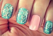 nails / our nails are perfect!!!