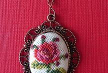 crysis stitch pendant