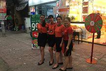 Hoạt náo cửa hàng 9C Nơ Trang Long