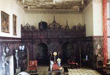 Les « Miniatures Rooms» du Musée d'Art de Chicago : Mrs Thorne les a créées au début du XXe siècle. / Les « Miniature Rooms » de Madame Thorne sont des chefs d'œuvres absolus : reconstitutions de pièces de différents pays et de différentes époques