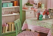 Kitchens! LOVE