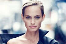 Stylish Holiday Gift Picks From Amber Valletta / Amber Valletta is sharing her top picks for this season's best holiday gifts! The model and actress, who also has her own online store, Master & Muse, has plenty of stylish items on her wish list, but what she really loves about the holidays is the time she spends with loved ones.  / by POPSUGAR
