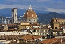 FLORENCE with Halldis / Florence the city of dreams, colours and #art. Beautiful traditional #apartments with a refined and elegant touch.