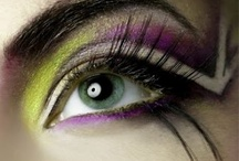 cool make-up style