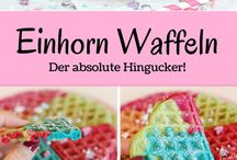 Einhorn Rezepte / Willkommen im Einhorn Paradies! Hier findest du leckere, süße und kreative Rezepte für Kuchen, Torten, Cupcakes, Cakepops und mehr mit kunterbunten und zuckersüßen Einhörnern.