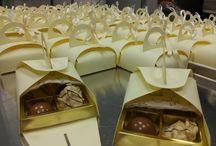Sweets / Sweets / Cake Pops / Pralinen / Schokolade Berlin / Cookies  www.thetinycakeboutique.com