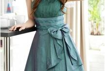 Jessie Prom dress