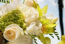 White and Green Wedding Centerpieces for Wedding Fair / Ideas for table