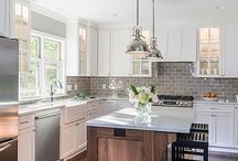 transitional kitchen / simple, family style