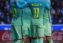Neymar Jr , Andre Gomes , Leo Messi i Luis Suarez