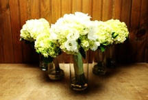 CJN Flowers  / Elegant flower design services for weddings and other special occasions.  Servicing NH, MA and other parts of New England.