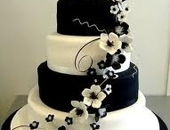 cakes / by Gina Cistone