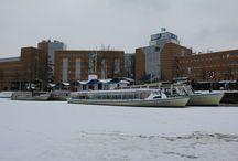 Winterse boten / De boten van Rondvaartbedrijf Kool tijdens de winter.
