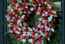 wreaths / Lots of great ideas for wreaths and things to hang on your front door. / by Courtney Cloe