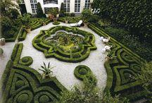 Jardins com topiaria