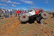 Trial 4x4 Ventas de Retamosa / Los días 14 y 15 de abril ha tenido lugar en Las Ventas de Retamosa (Toledo) la segunda edición del festival Galamotor, que junto a una exposición de vehículos americanos ha contado con dos jornadas de trial 4x4.
