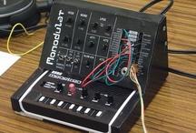 A la felicidad por los sintetizadores