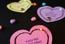 Valentines Craft Ideas / Get amazing Valentines day crafts including crafts for kids,homemade crafts,paper crafts,crafts for adults,crafts for preschoolers,crafts for him,crafts for her and gift crafts at Thrillbites.com