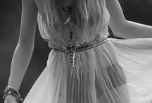 Black&white fashion photo