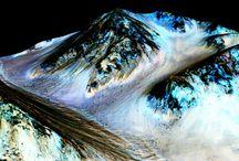Na Marsie płynie woda  i jest metan