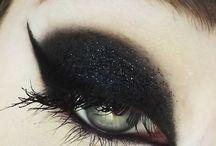 Alternative Makeup & Hair / by Hannah Robertz