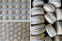 Macarons / by Roxanne Avillanoza