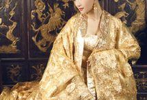 chinese / 民族衣装はここ