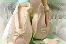 Dance Tiffany Cake Ballerina Cake / Un compleanno di diciotto anni di una dolcissima e splendida ragazza. La sua passione: la danza, il colore di quest'anno: il tiffany!! #tortedecorate #castelliromani #Laboratoriotorte #weddingcake #cake #torte #genzano #eventi www.torteamorefantasia.com