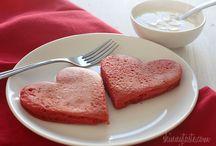 Recipes - breakfast / by Hannah Anderson