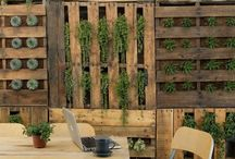 Outdoor settings for restaurant designs