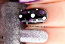 Diseños artísticos en uñas