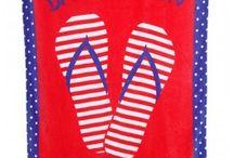 TOWELS ESSENTIALS / La serviette de plage est l'accessoire incontournable de l'été ! Les serviettes de plage Banana Moon sont colorées et branchées, alors vous aussi craquez et choisissez la vôtre !