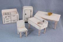 Oyuncak mobilyalar