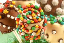 Desserts / by Beryl alias Momi Lee